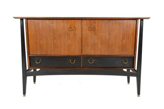 Picture from Mid Century Mobler on Etsy